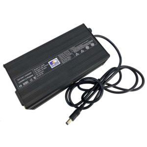 Фото 6 - Зарядное устройство LiFePO4 36V 5А.